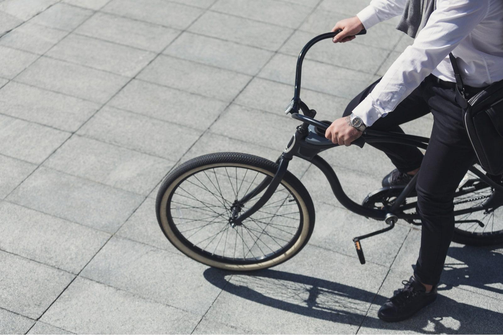 jazda na rowerze miejskim