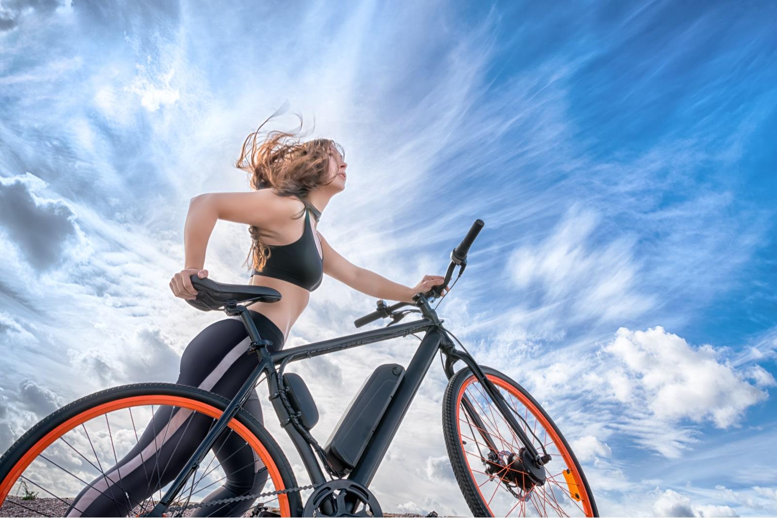 ćwiczenia na rowerze